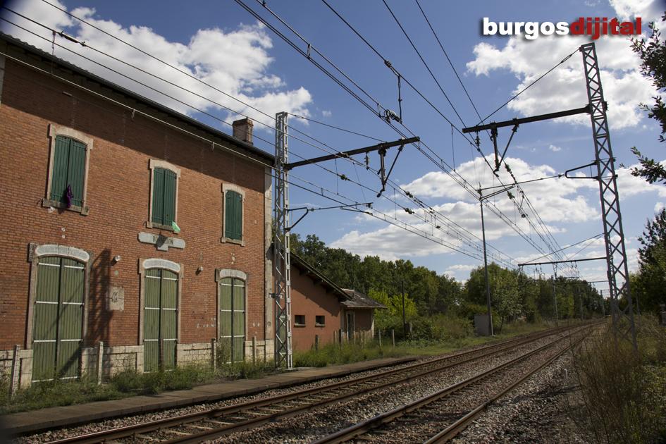 A la estación de Borredon llegaban miles de republicanos huyendo del franquismo. Desde aquí marchaban andando hasta el campo de refugiados de Septfond